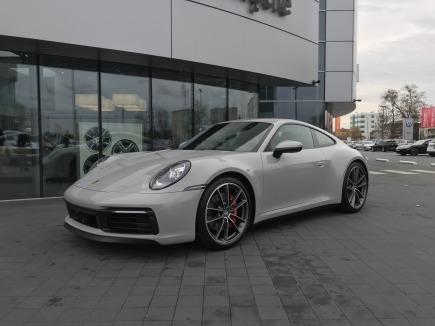 Porsche 911 992 (2019-) sportowy / coupe