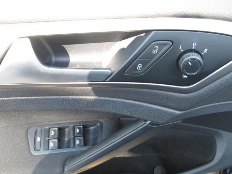 Volkswagen Golf Trendline 1.6 TDI-CR BT 77 kW 5-G Tarnów samochód używany