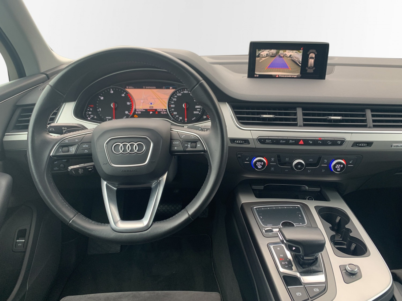 Audi Q7  Poznań samochód używany