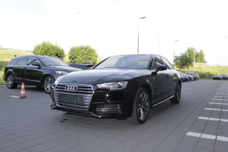 Audi A4  Poznań samochód nowy