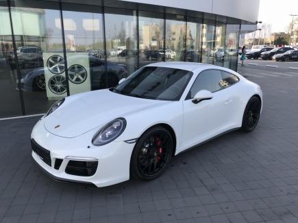 Porsche 911 Carrera GTS Coupe sportowy / coupe