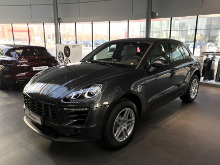 Porsche Macan  hatchback