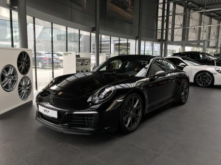 Porsche 911 Carrera T sportowy / coupe