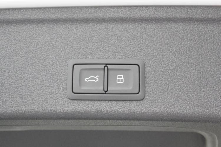 Audi Q5  Poznań samochód nowy